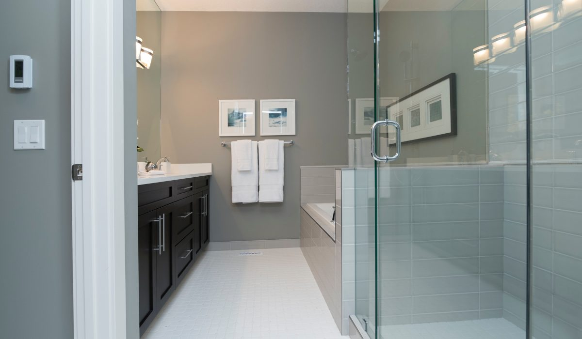 How to get that Showroom Ready Finish in your Bathroom?